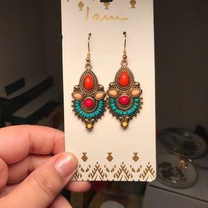 NWT gorgeous fall colors boho earrings